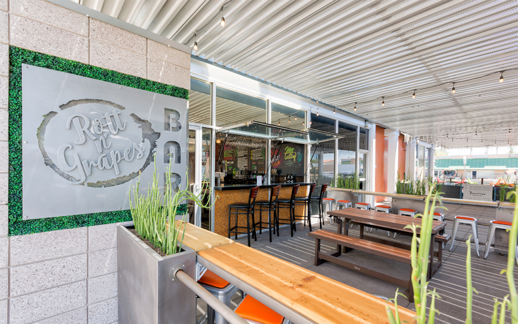 Rott n' Grapes Uptown location patio with windows open